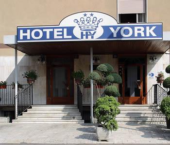 Alberghi cinisello balsamo dintorni di milano hotel for Appartamenti arredati in affitto a cinisello balsamo