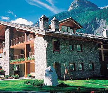 alberghi courmayeur hotel pensioni ostelli