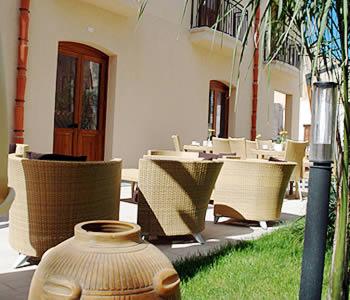 Alberghi favignana hotel pensioni ostelli appartamenti for Appartamenti favignana