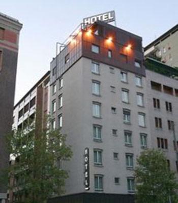 Alberghi Milano Centro Storico Hotel Pensioni Ostelli