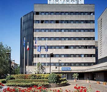 Alberghi milano ospedale maggiore hotel pensioni ostelli appartamenti in affitto - Piscina viale suzzani ...