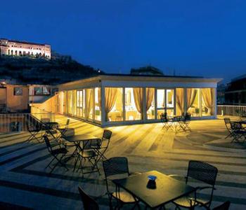Alberghi napoli centro storico hotel pensioni ostelli for Hotel a bressanone centro storico