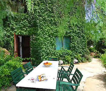 Bed and breakfast<br> 3 stelle in Palermo - Bed and breakfast<br> Il Glicine - sul Golfo