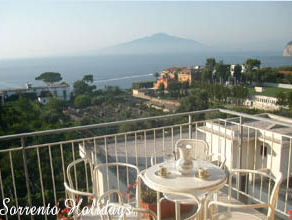 Apartamenti-ville in affitto<br> 3 stelle in Sorrento - Apartamenti-ville in affitto<br> Sorrento Holidays (B217)